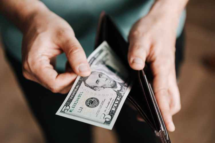 fun-money-helps-you-stay-on-budget